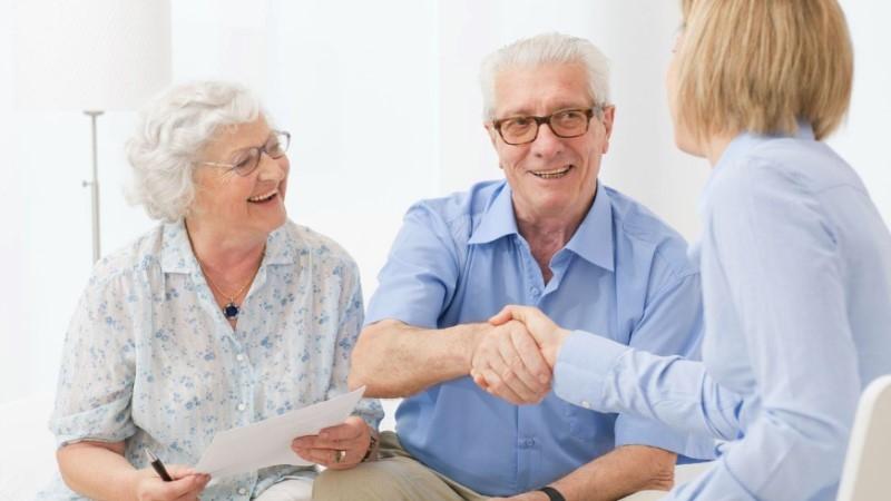 До какого возраста банки дают кредит пенсионерам