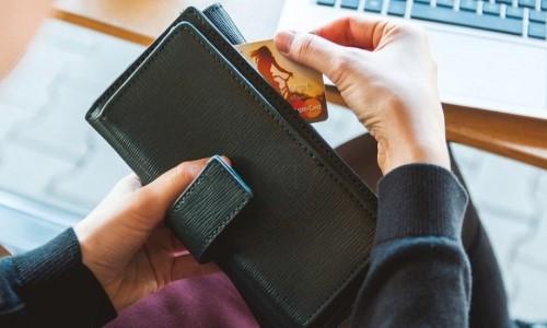 списание с кредитной карты запрещено сбербанк почему