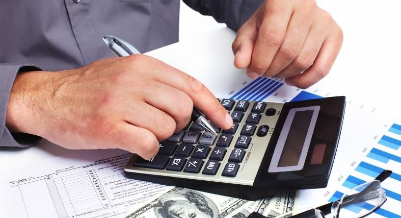 При досрочном погашении кредита проценты пересчитываются